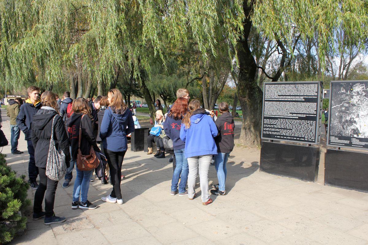 Auschwitz 14 2 271