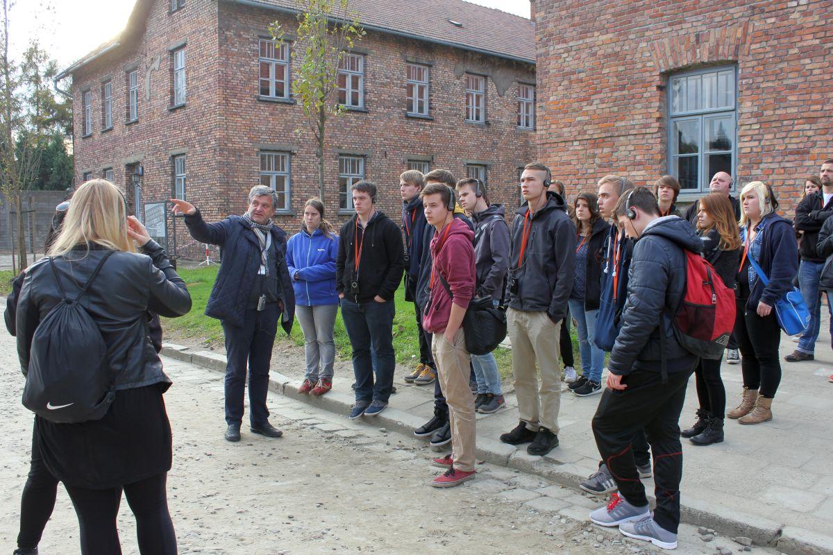Auschwitz 14 2 322