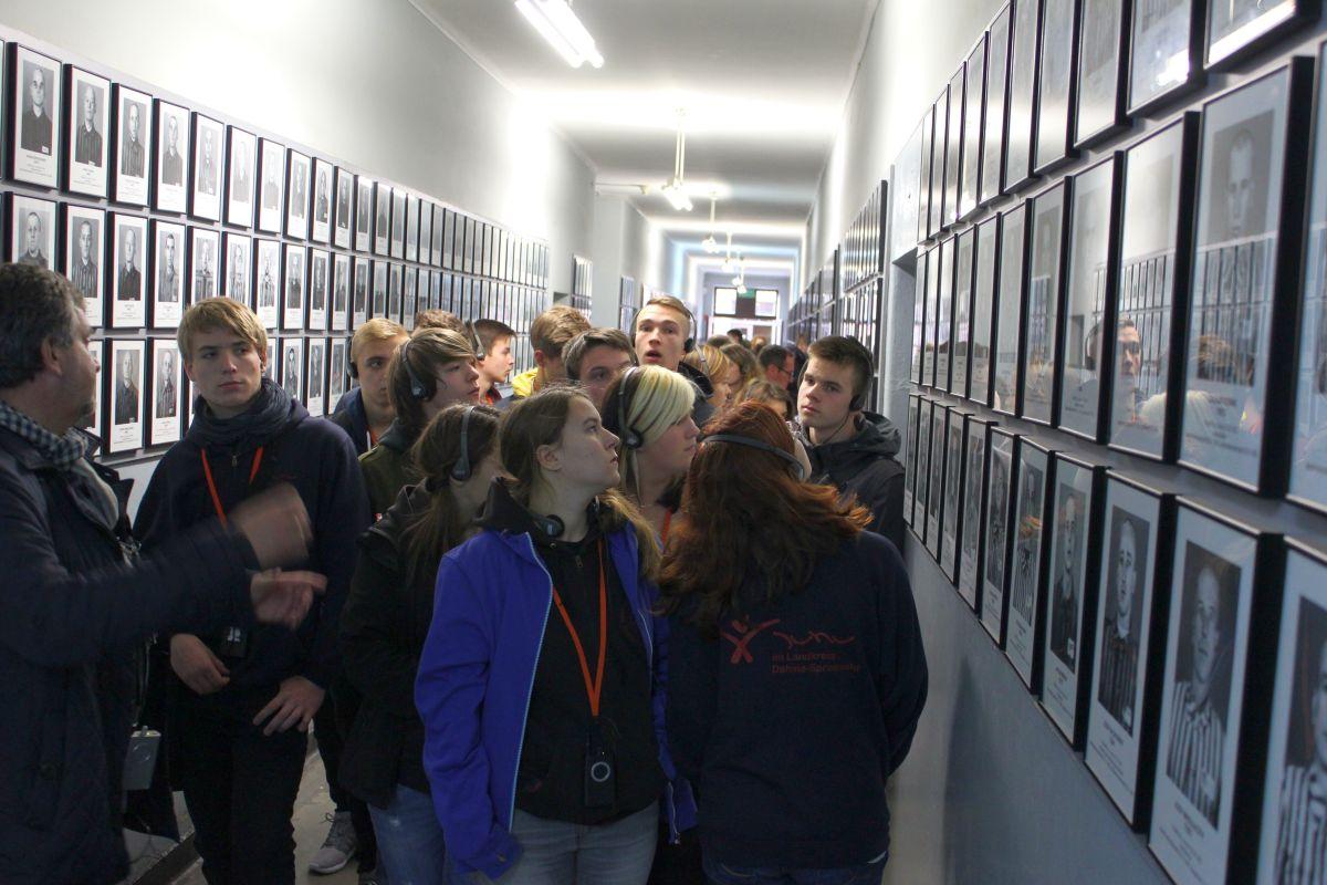 Auschwitz 14 2 341