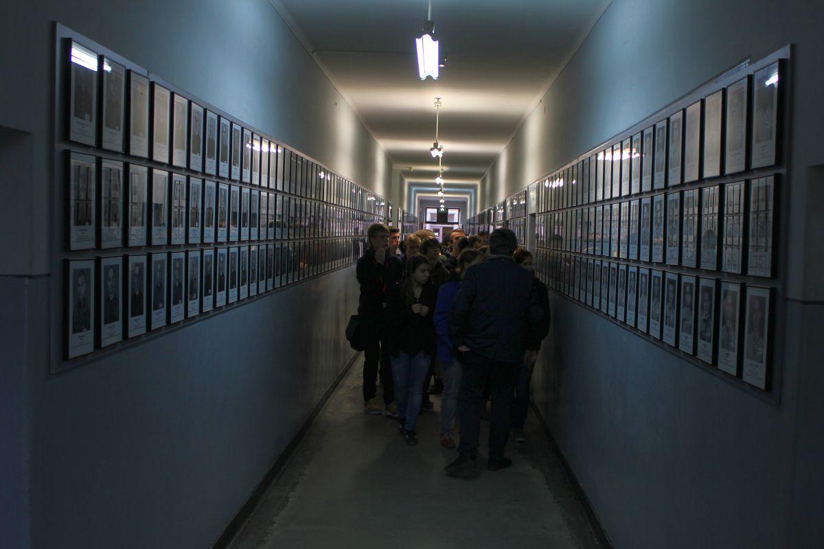 Auschwitz 14 2 342
